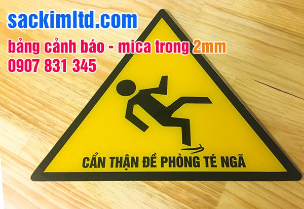 bảng cảnh báo in uv trên mica